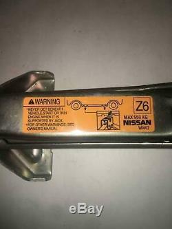2004 Nissan 350Z Emergency Jack & Tool Kit Assembly