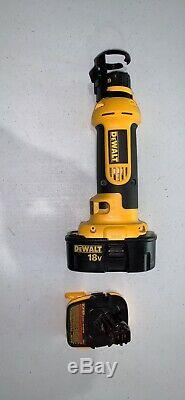 Huge DeWalt Tool Lot Grinder, Jigsaw, Reciprocating Saw, Orbital Tool, Light