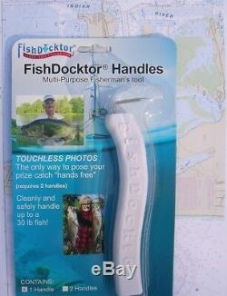 Lot of 12 Wholesale Fishing Hunting Dealer (2) Pack Fish Docktor Handles Tools