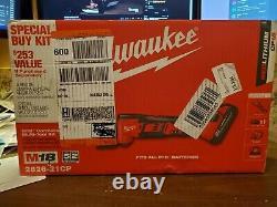 Milwaukee 2626-21CP M18 Cordless Oscillating Multi-Tool Kit (New, Sealed)