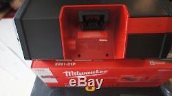 Milwaukee 2891-21P M18 / M12 Wireless Jobsite Speaker Kit
