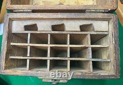 Rare Antique Belaro Tool Chest 18 Slot Straight Razor Carry Case with 8 Razors