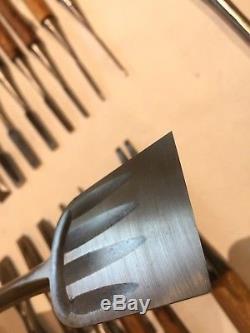 Set of 25 Japanese Wood Chisels, Bench & Timber Framing Tools Vintage Nomi