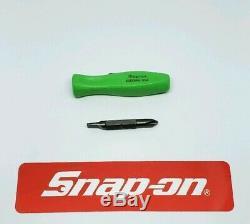 Snap on tools pocket screwdriver. Green REVERSIBLE TIP pocket screwdriver withclip